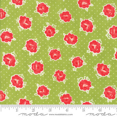 Moda Smitten Lovely Green 55177 16 Yardage