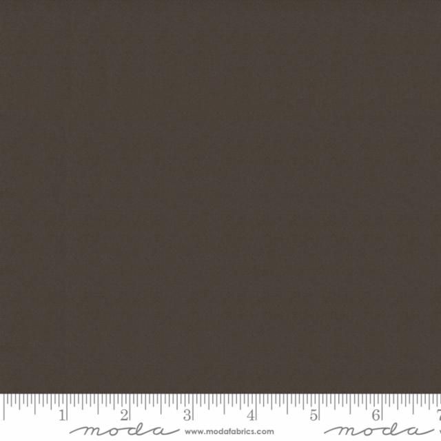 Moda Bella Solids Coffee 9900 407 Yardage