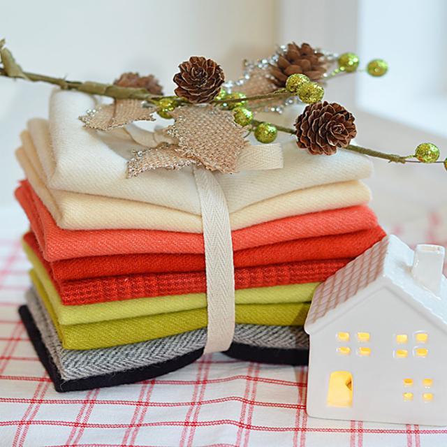 Christmas Figs Wool Bundle