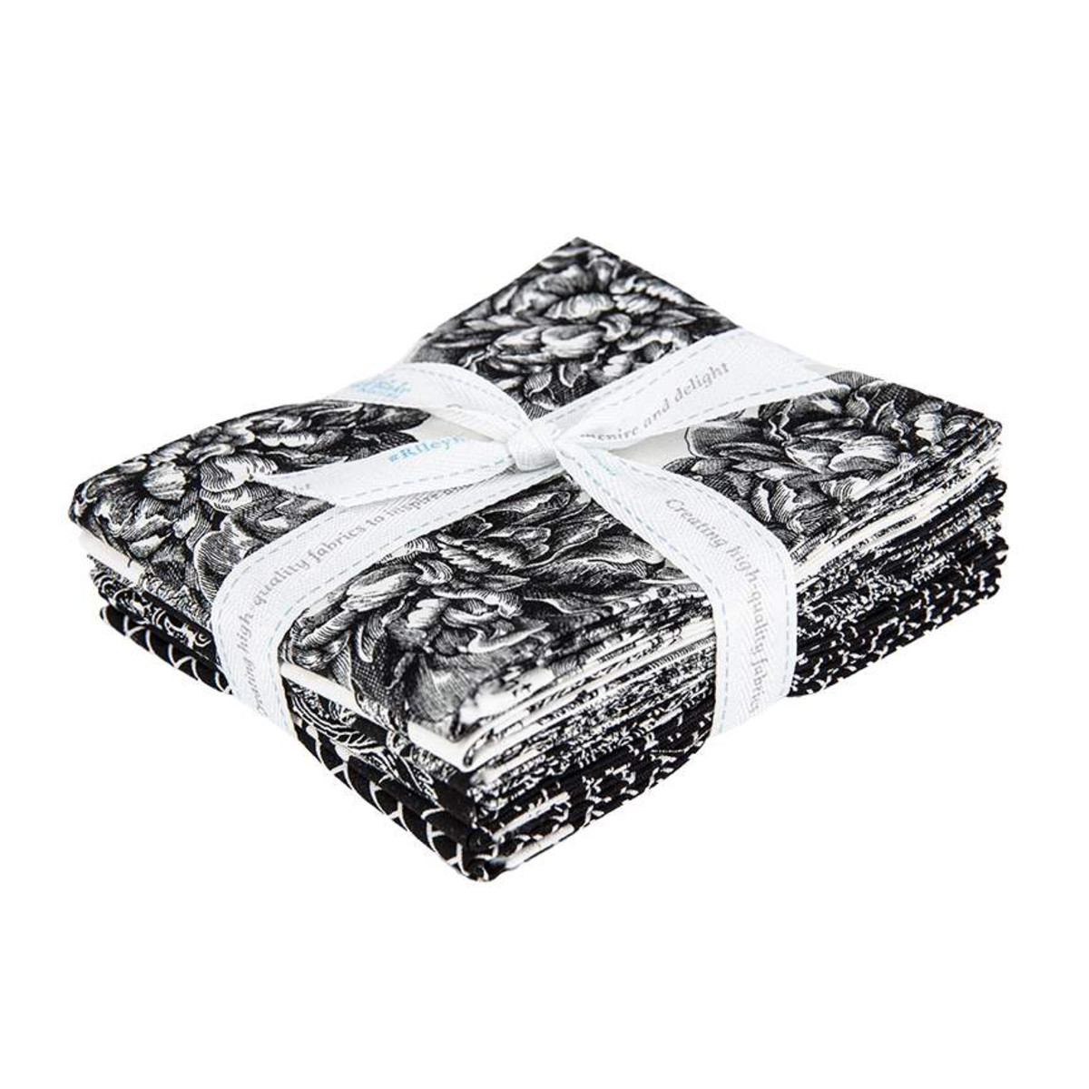 Riley Blake Fat Quarter Bundle - Classic Caskata Black