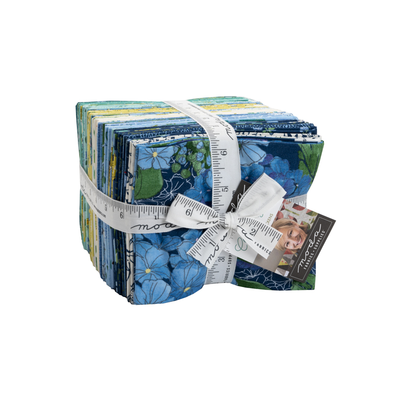 Moda Fat Quarter Bundle - Cottage Bleu by Robin Pickens