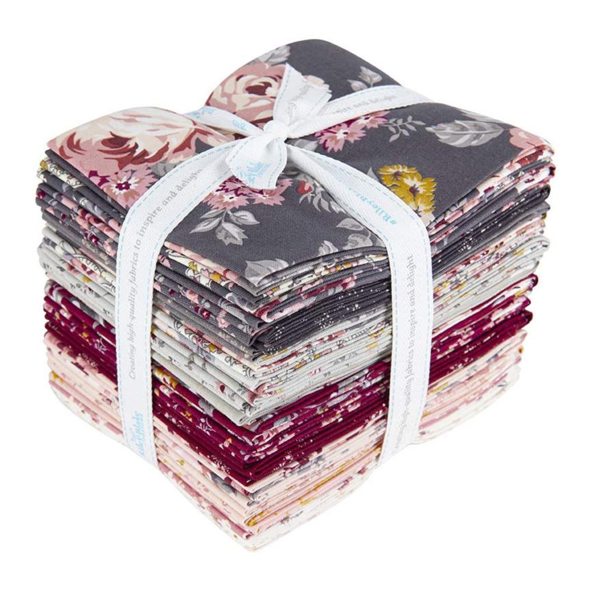 Riley Blake Fat Quarter Bundle - Exquisite by Gerri Robinson