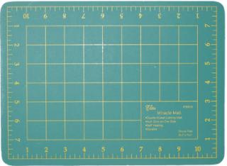 Miracle Cutting Mat With 9 x 12 Inch Grid