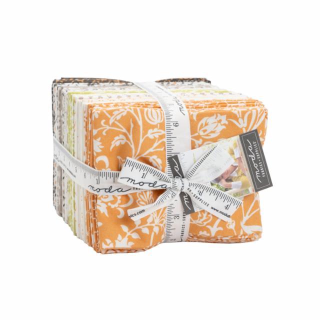 Moda Fat Quarter Bundle - Pumpkins & Blossoms by Fig Tree & Co